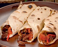 Настоящее Мексиканское буррито с фасолью