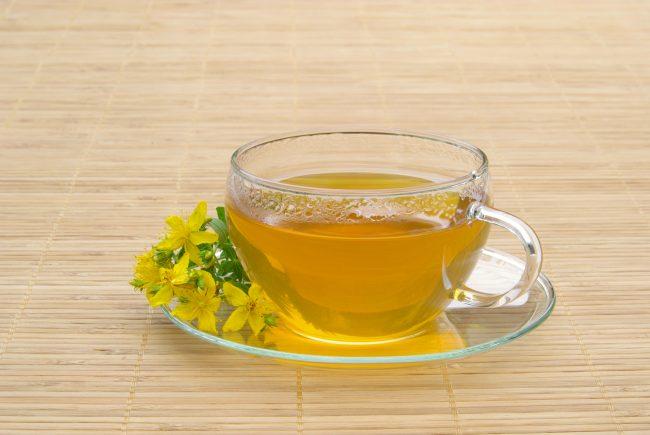 Чай из зверобоя: польза и вред