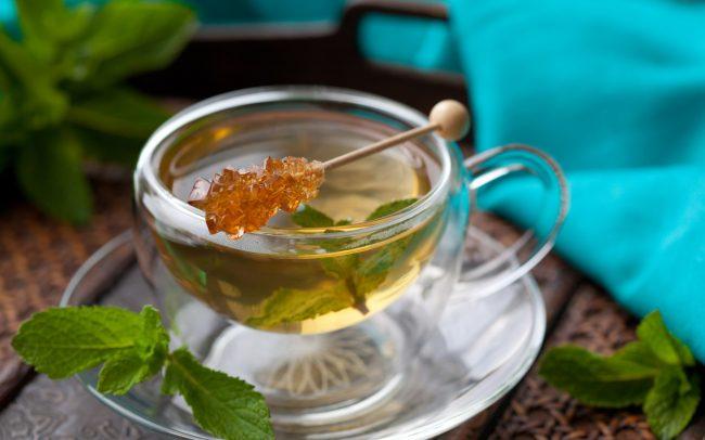 Чай с медом: польза и вред