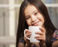 Можно ли детям пить чай и кофе