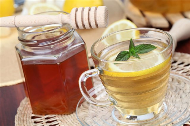Зеленый чай с медом и лимоном от простуды