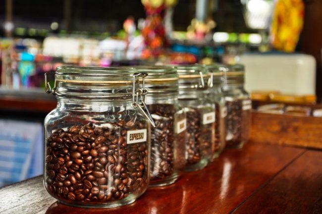 Как хранить обжаренный кофе в зёрнах