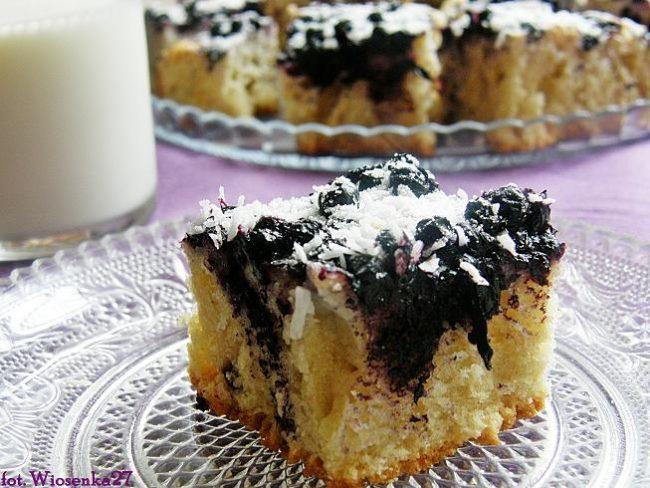 торт с черникой и кокосом
