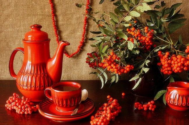 чай с рябиной красной -полезные свойства для женщин