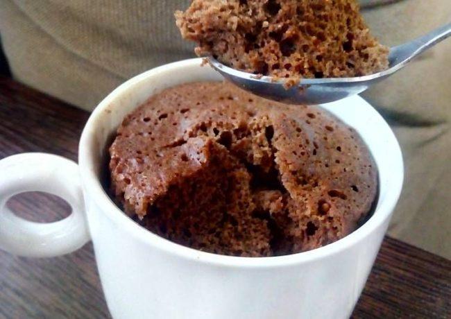 Щоколадный кекс в чашке: рецепт приготовления в микроволновке