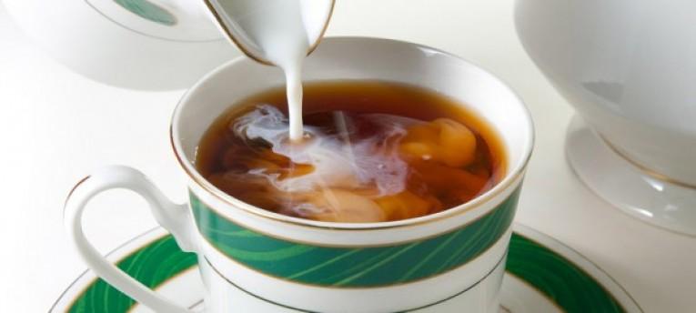 Чай с молоком: его польза, состав и вкусные рецепты