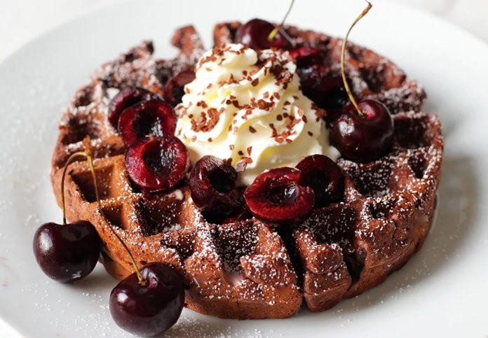 рецепт вкуснейшего вишнёвого пирога с творогом