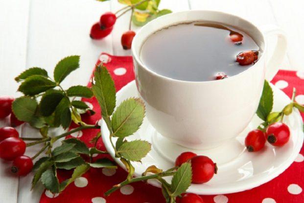 Витаминный чай с чабрецом и шиповником
