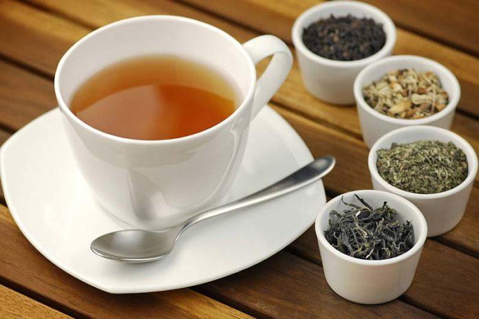 Бодрящий чай- влияние разных видов на организм человека